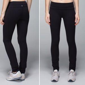 Lululemon Skinny Groove Pant in Black Full On Luon